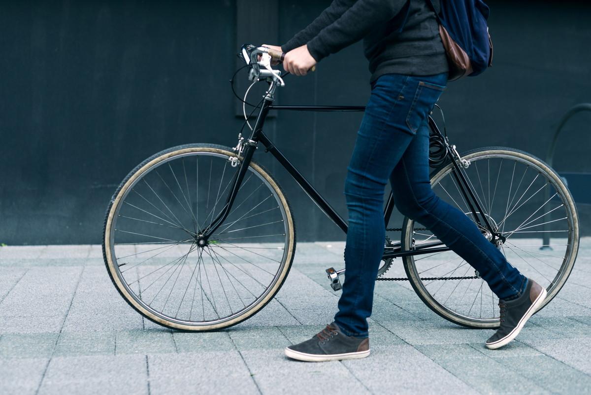 ロードバイク通勤のメリット・デメリットとは その全貌を徹底解説